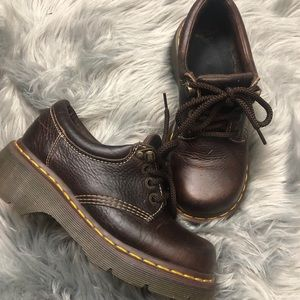 DR MARTENS LACE UP LOAFERS
